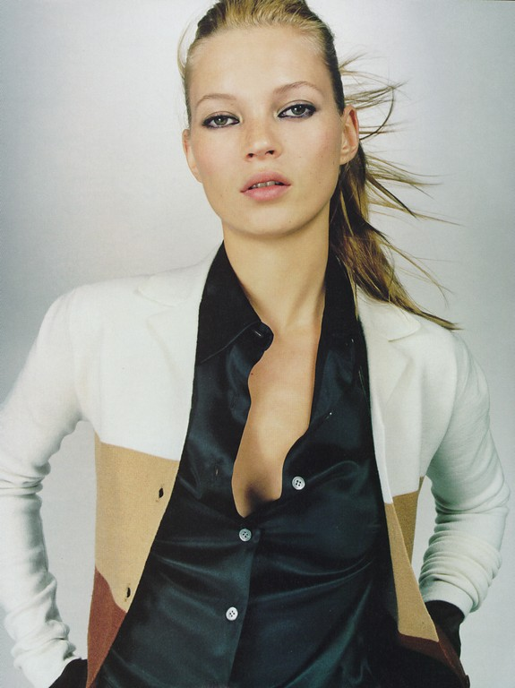 BabeStop - World's Largest Babe Site - kate_moss14.jpg