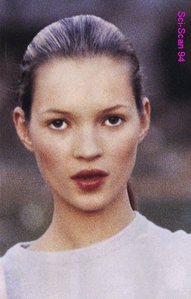 BabeStop - World's Largest Babe Site - kate_moss88.jpg